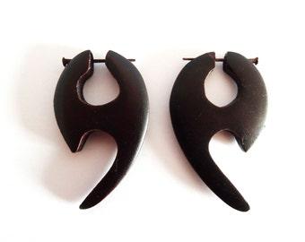 Alternative Dark Curly Wooden Earrings - Fake Plugs Gauges - Natural Tribal Wood