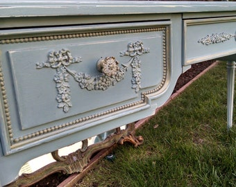SOLD - - -  Vintage French provincial desk vanity console