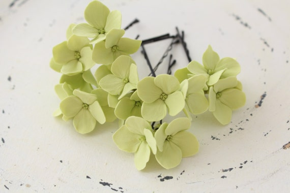 Hair bobby pin polymer clay flowers. Set of 6.  light green  hydrangea - 3 with 2 flowers and 3 with 4 flowers