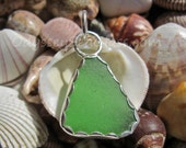 Scintillating Green Sea Glass  Necklace Pendant - Odysssey Sea Glass Jewelry - Silver LJ0001