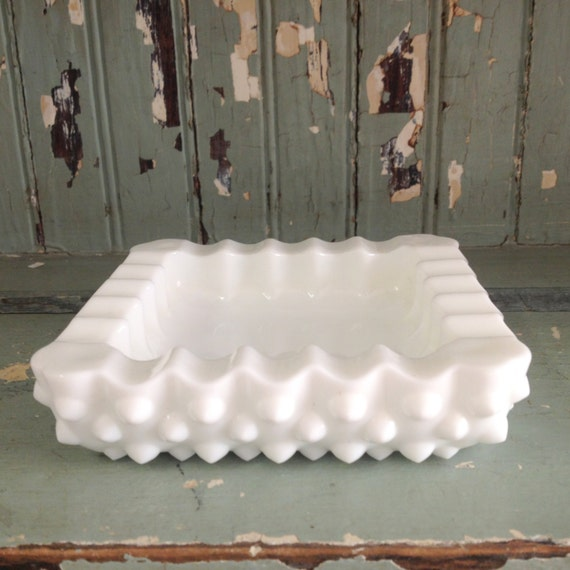 vintage ashtray - fenton glass ashtray
