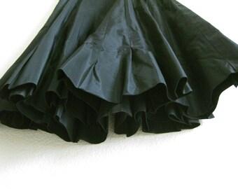 Black Taffeta Circle Skirt Small Lee Mar
