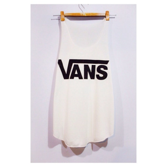 vans tank top minimal fitness sport clothing by pingypearshop. Black Bedroom Furniture Sets. Home Design Ideas