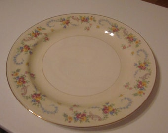 Vintage Homer Laughlin Nautilus Eggshell Dubarry Dinner Plate