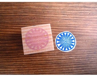 Rubber stamp graphic pattern flower