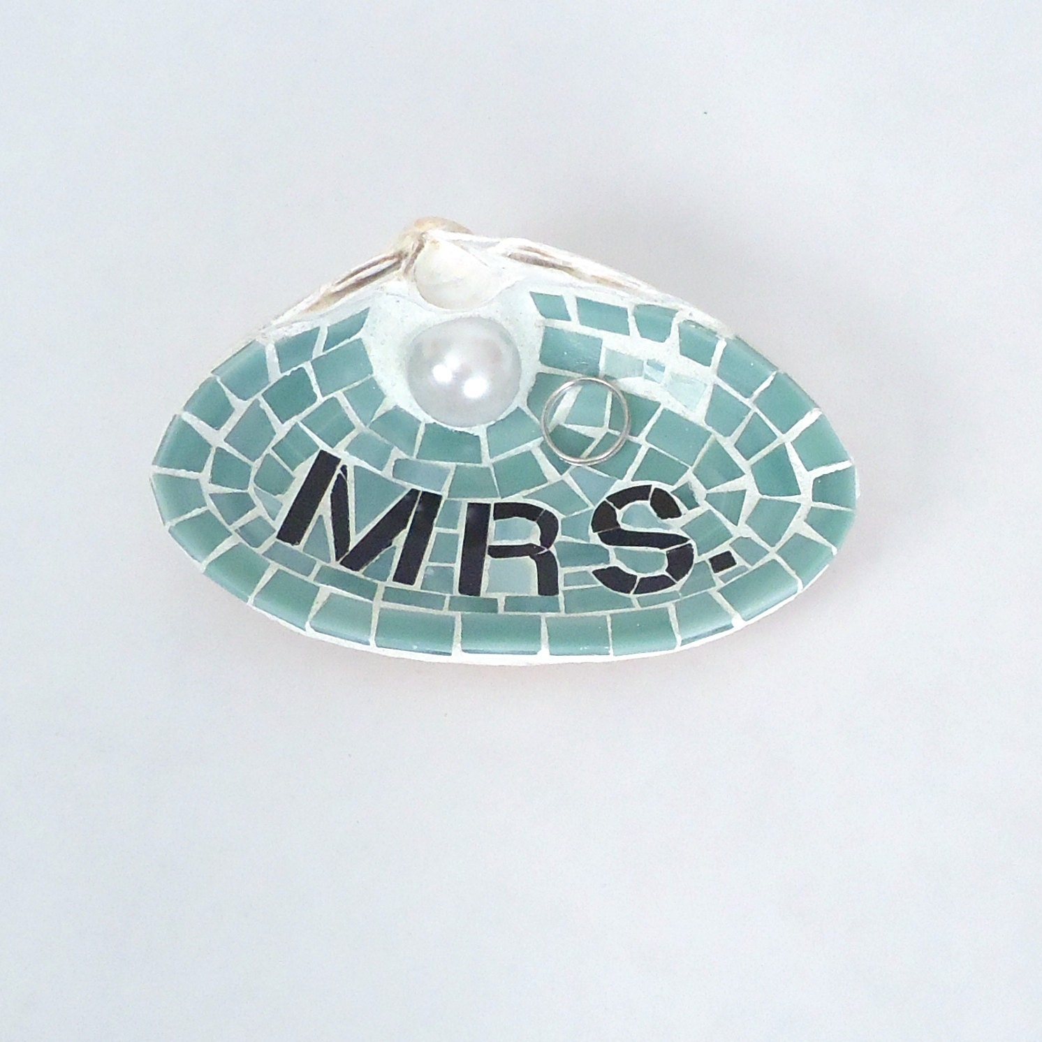 mrs sea shell wedding ring holder for unique engagement