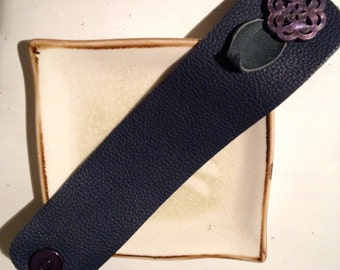 Leather Wristcuff Navy Blue with Button Flower Bracelet Soft Simple Wristband Wrist Cuff