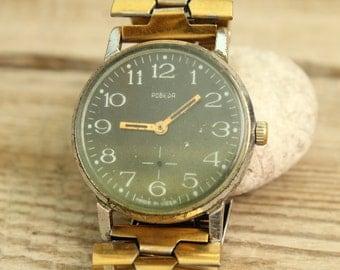 wrist watch POBEDA / mechanical Vintage Soviet  USSR  wrist watch \  with bracelet  /  Working condition.
