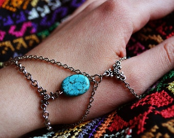 Turquoise thumb bracelet , turquoise jewelry, turquoise accessory, unique bracelet,ring connected to bracelet.