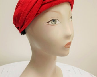 """Vintage 1960's Ladies """"Jacoll"""" Red Fabric Turban Style Hat"""