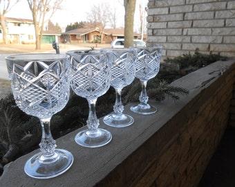 oooh 6 crystal glasses