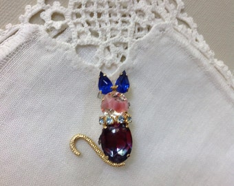 Cat  Brooch Pin, Goldtone and RhinestoneFigural Kitty Cat