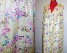Vintage Robe Large Button Up Yellow Pink Butterfly Print Lingerie Night Shirt Pijamas Sleepwear Woman's Dress Clothing Apparel Bedroom