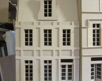 French House   3 Storey high  KIT