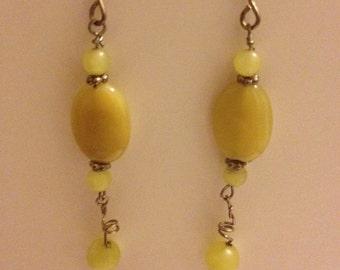 yellow stone dangling earrings