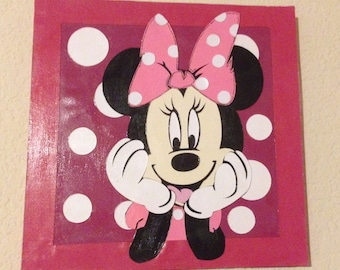 Minnie Mouse Wall Plaque - Pin NOT included