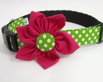 Dog Flower Collar in Green and white polka dot print with Pink Flower