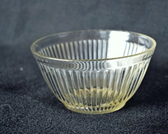 Small crystal ribbed bowl-Adams Rib (83)