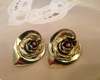 Awesome And Different Rhinestone Flower Clip On Earrings