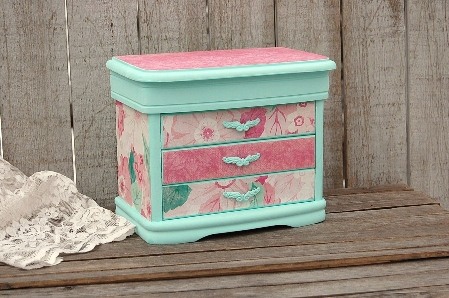 shabby chic jewelry box mint green decoupage damask. Black Bedroom Furniture Sets. Home Design Ideas