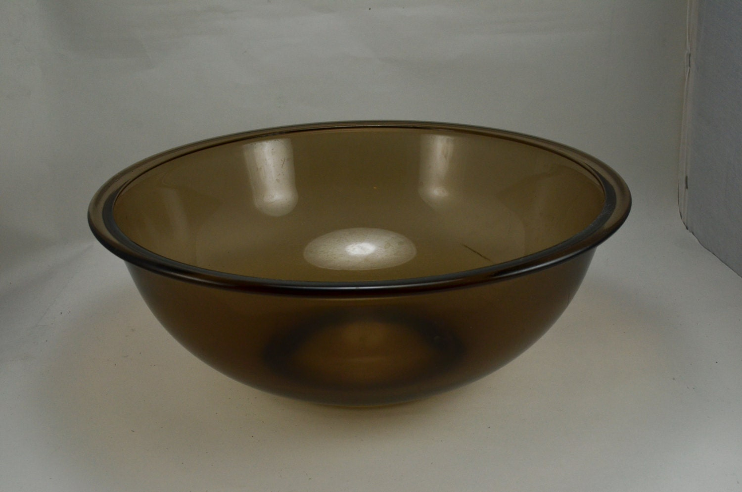 Nice Extra Large Pyrex 326 Mixing Nesting Amber Glass Bowl