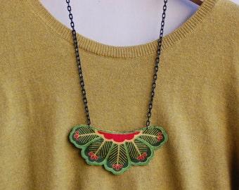 Collier sautoir tissu en coton japonais, bijou au motif japonais, accessoire motif traditionnel japonais , collier plastron en tissu