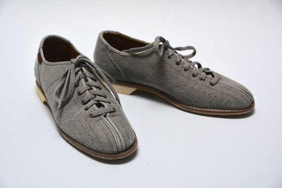 Vintage Men's Bowling Shoes Perforated Grey Felt Bowling