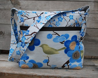 Stylish Diaper Bag, Blue Floral, birds and flowers, lots of pockets, adjustable strap, top zipper, changing pad, blue flowers, birds