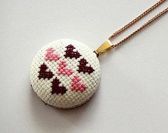 Queen of Hearts Cross-Stitch Photo Locket