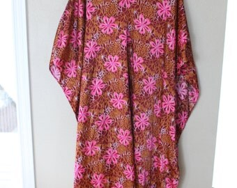 vintage maroon & pink daisy floral  tunic caftan dress *