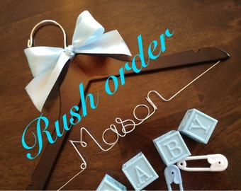 RUSH BABY HANGER, personalized wire name hanger, baby shower gift, mom to be gift, baby room