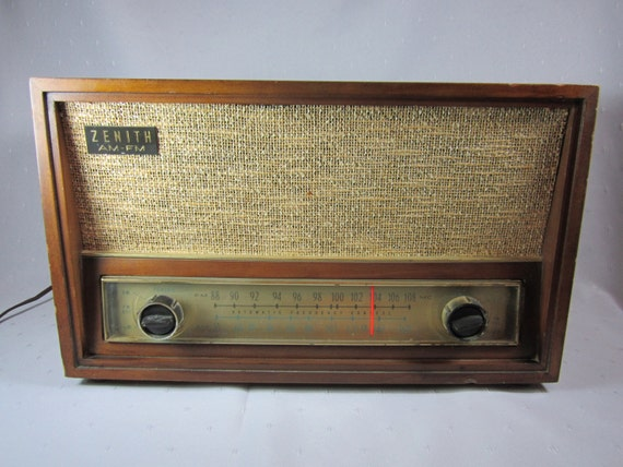 zenith am fm radio vintage tube type radio zenith table top. Black Bedroom Furniture Sets. Home Design Ideas