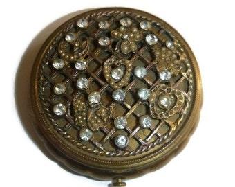 Edwardian Rhinestone Compact Antique Vanity Case Snuff Box Art Nouveau Jewelry Trinket Box Hearts Butterfly Romantic Wedding Gift Proposal