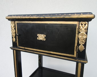 Vintage,Asian,Oriental look,side table,decorative,wood,hall,black paint,gold decoration,glass top,door,cabinet,lamp,foyer,small,ornate,fancy