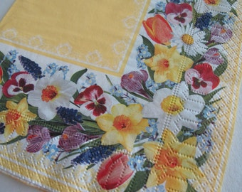 ONE paper napkin for decoupage, Floral napkin, Spring flowers