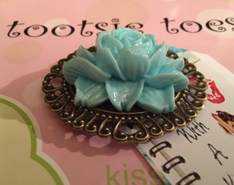 Flower Cameo Shoe Clips, Bridal Party, Wedding, Photography Prop
