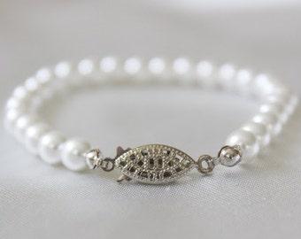 Beautiful imitation Pearl Wedding Bracelet