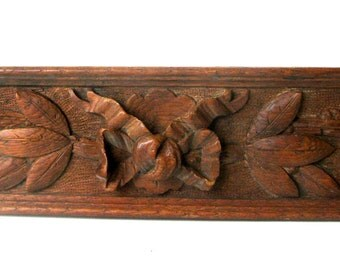 Antique Mahogany Hand-Carved Embellishment