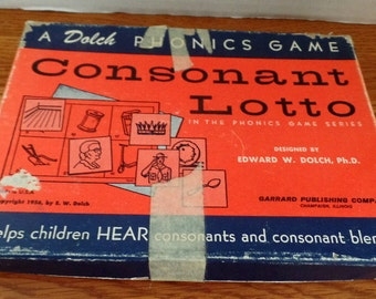1954 Dolch Phonics Game in original box.  CONSONNANT LOTTO- Helps kids hear consonants and blended sounds..