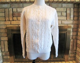 Jantzen Snow White Cardigan Sweater, Long Sleeves, Round Neck, Faux Pearl Buttons Cable Knit - Size M Medium - Made in the USA