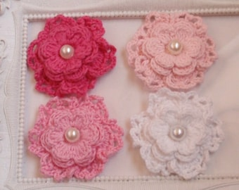4 crochet flowers with pearls applique CH-054-02
