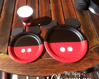 Mickey Mouse dessert plates (Minnie Mouse dessert plates) (Mickey Mouse Party) (Candy buffet plates)