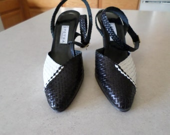 Vintage Shoes NEW Made in Italy Black & White 8 1/2 N 1970's