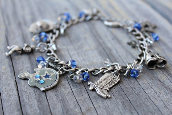 dallas cowboys charm bracelet dallas cowboys charm bracelet by kathrynscollection on etsy 1185