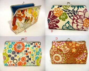 Cotton Flower Clutch Set of 4, Bridesmaid Floral Purse Set, Bridesmaid Clutch Set, Makeup Bag, Seven inch Frame