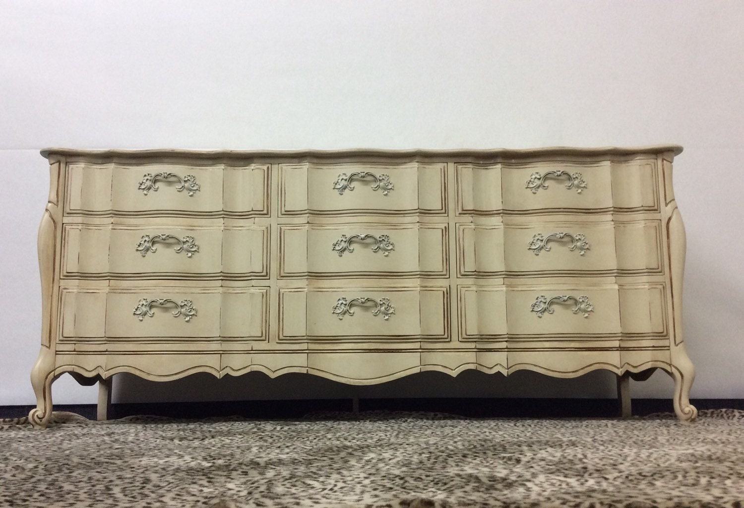 Dresser Buffet French Provincial United Country French Vintage