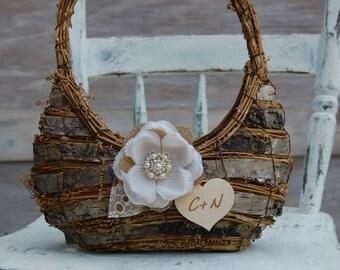 Rustic Chic Flower Girl Basket / Shabby Chic Flower Girl Basket / Rustic Flower Girl Basket/Rustic Wedding/Shabby Chic Wedding Decor