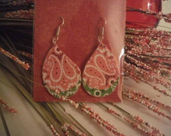 Watercolor paper dangle earrings in pink and green