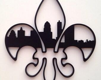 "20"" Fleur De Lis Louisville Skyline - BLACK"
