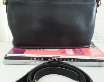 Vintage Coach  Equestrian Cross body/shoulder bag  Black Leather Purse #9802